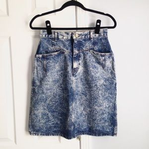 VTG Chic acid wash denim skirt